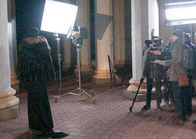 Сьемка рекламного ролика испанского бренда украшений серебро девушка видеосьемка рекламных роликов создание рекламного видеоролика производство видеорекламы заказать цена киев украина fantastic imago рекламное брендинговое агентство колоны свет камера оператор