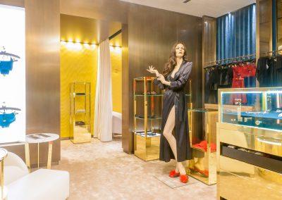 Boudoir-Helen-Marlen-Group-Fantastic-Imago-fotosemka-foto-fotografiya-interyer-eksteryer-magazin-odezhdy-obuv-zakazat-Kiev-tsena-stoimost-predmetnaya-vitrina-butik-luxury-sumki-5