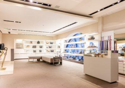 Gucci-Helen-Marlen-Group-Fantastic-Imago-fotosemka-foto-fotografiya-interyer-eksteryer-magazin-odezhdy-obuv-zakazat-Kiev-tsena-stoimost-predmetnaya-vitrina-butik-luxury-sumki-5