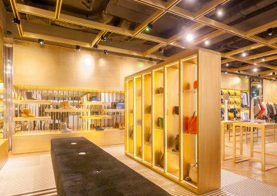 Mandarin-Helen-Marlen-Fantastic-Imago-fotosemka-foto-fotografiya-interyer-eksteryer-magazin-odezhdy-obuv-zakazat-Kiev-tsena-stoimost-predmetnaya-vitrina-butik-luxury-sumki-32